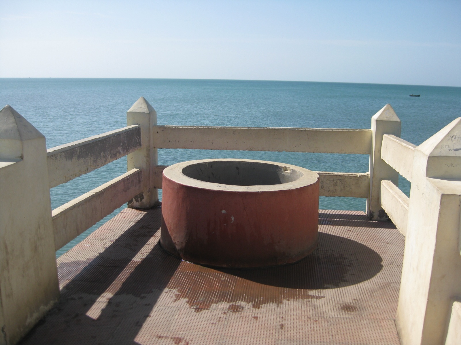 Fresh water from a well in the sea at Rameswaram